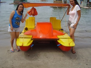 paddleboat in Matabungkay Beach