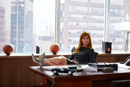 "SUITS -- ""Fork in the Road"" Episode 413 -- Pictured: Sarah Rafferty as Donna Paulsen - (Photo by: Shane Mahood/USA Network)"