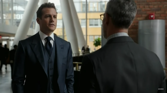 harvey_suits-s6x14